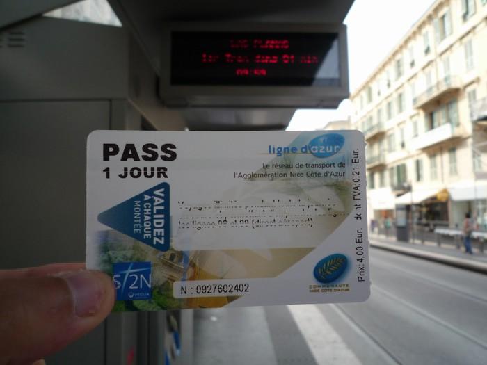 ニースからバスでモナコに遊びにいく