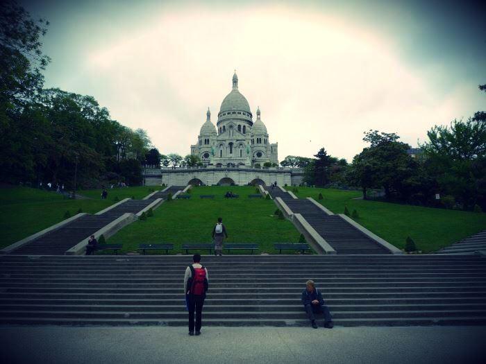 パリ・モンマルトルのサクレクール寺院
