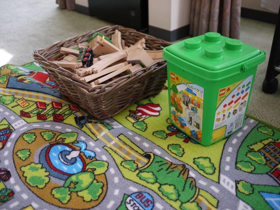 リゾナーレの部屋には子どもが楽しめるおもちゃがあります