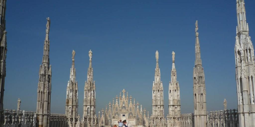 ミラノ大聖堂とドウオーモ広場に行ってきた