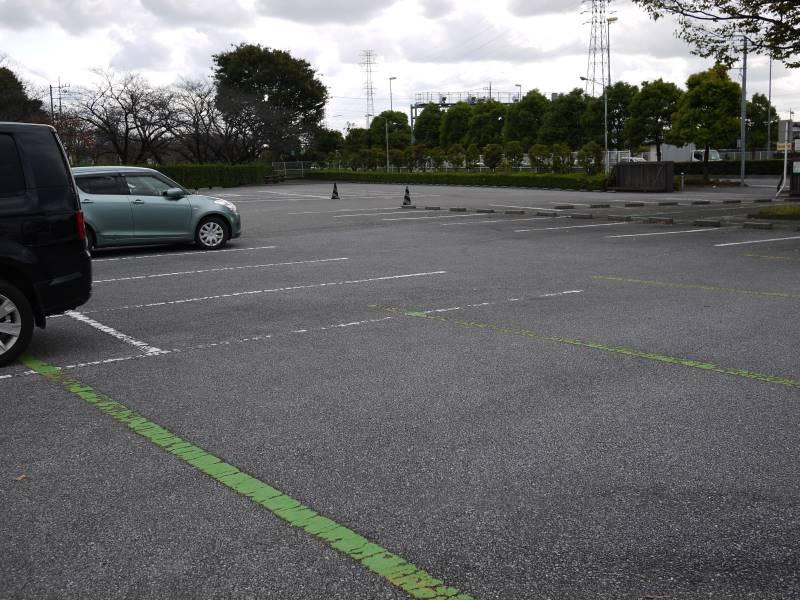 川口グリーンセンターの無料駐車場