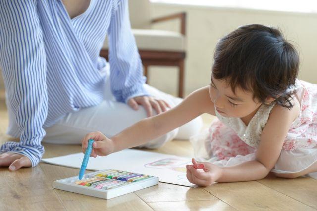 子育ての費用を考えるなら世帯年収に注目